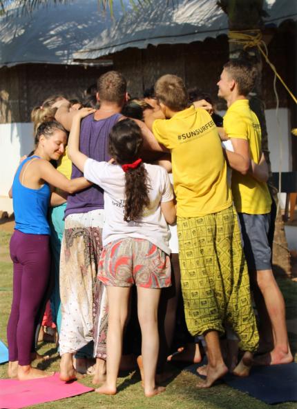 знакомство с группой на тренинге с подростками